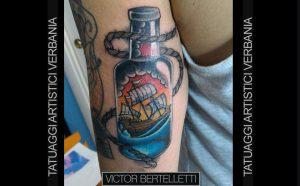 Tatuaggio traditional color realizzato da Victor Bertelletti