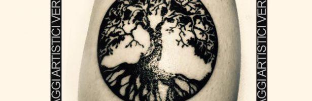 Tatuaggio Stilizzato L Albero Della Vita Victor Bertelletti