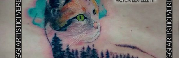 Gatto realistic watercolor sulla schiena