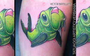 Tatuaggio new school, il tricheco curioso